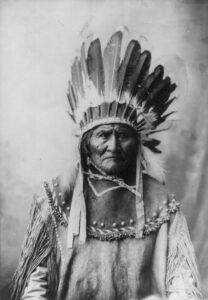 Geronimo met verentooi